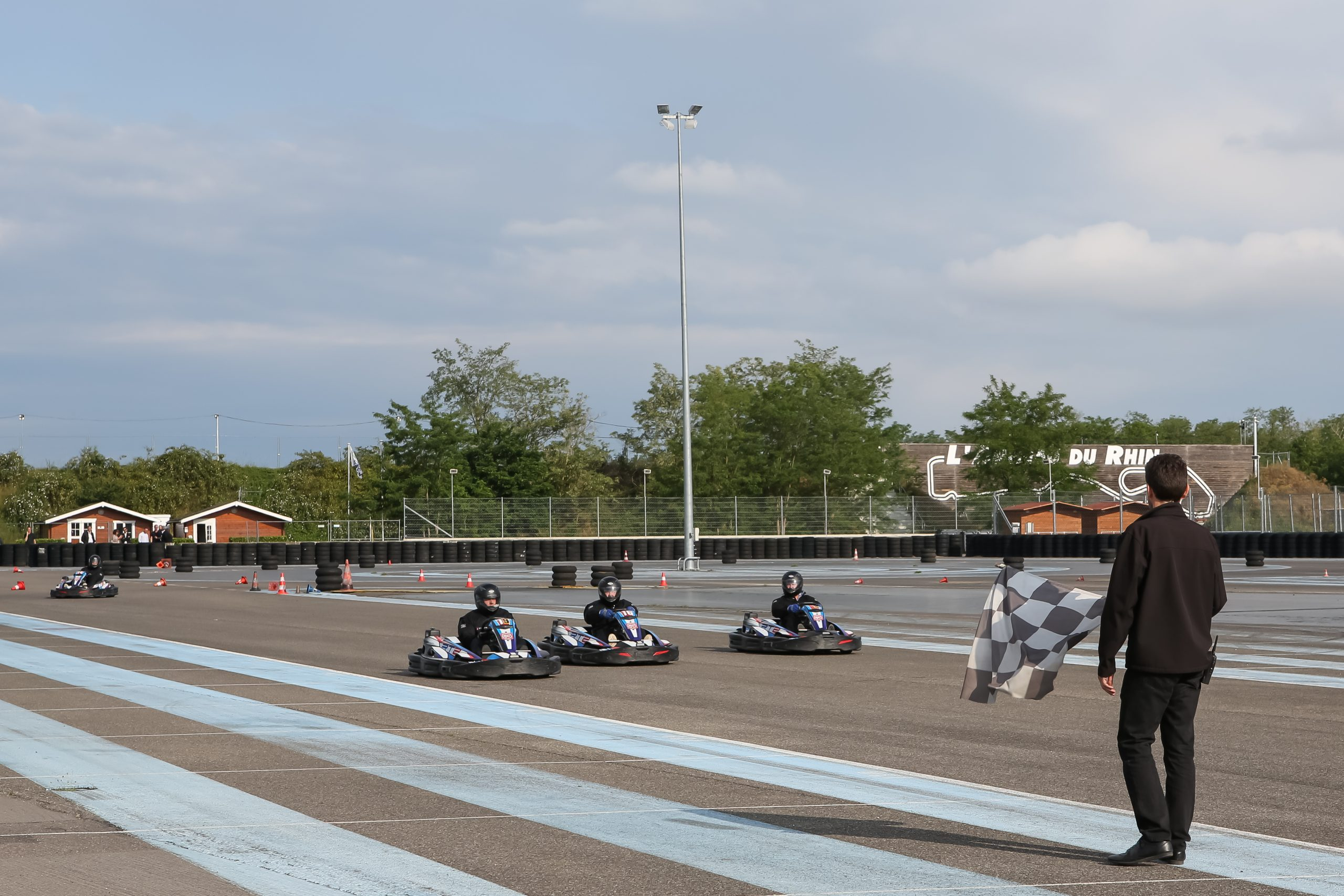 Sessions de karting Outdoor à l'Anneau du Rhin